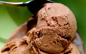 Chocolate Peanut Butter Ice Dream
