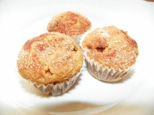 Applesauce, carrot and walnut mini muffins